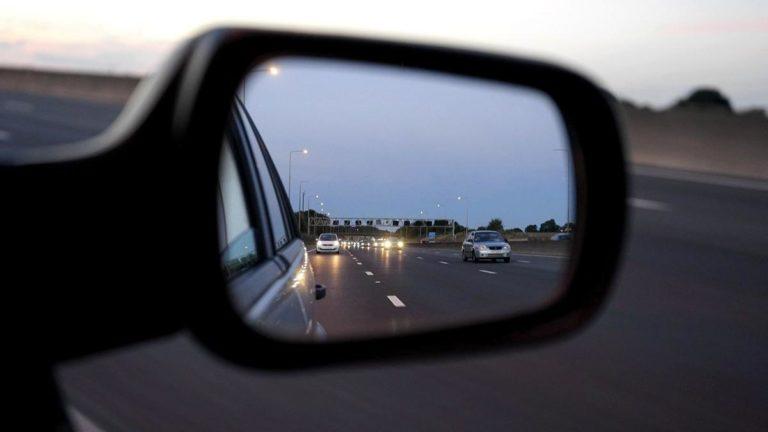 Samochód z wypożyczalni zamiast taksówki i komunikacji miejskiej