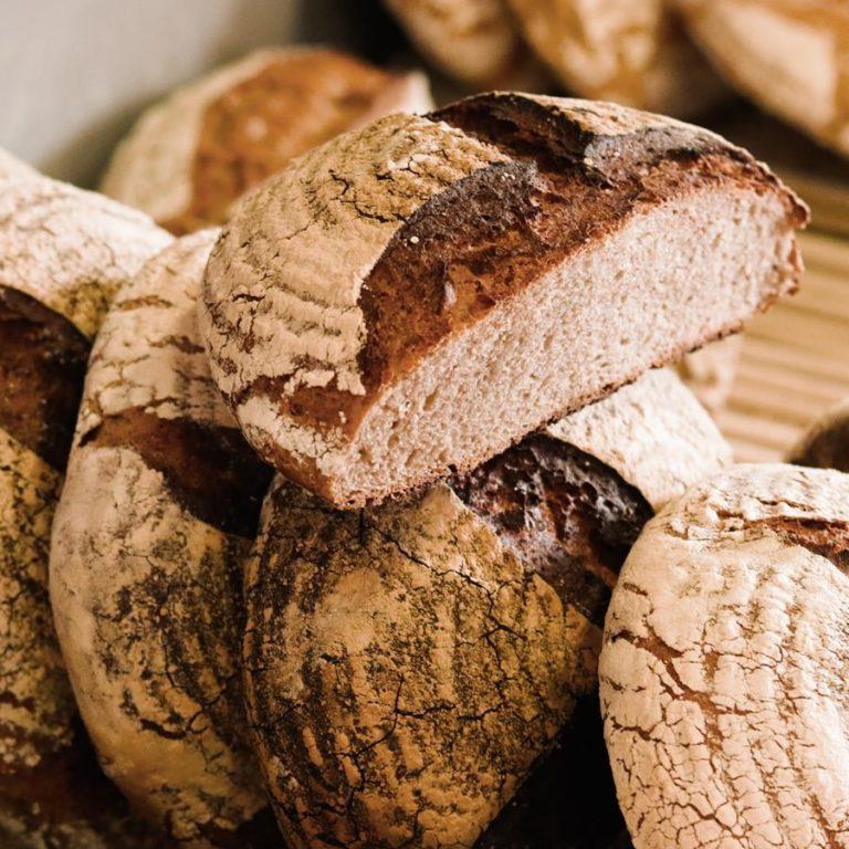 Tradycyjny chleb na naturalnym zakwasie