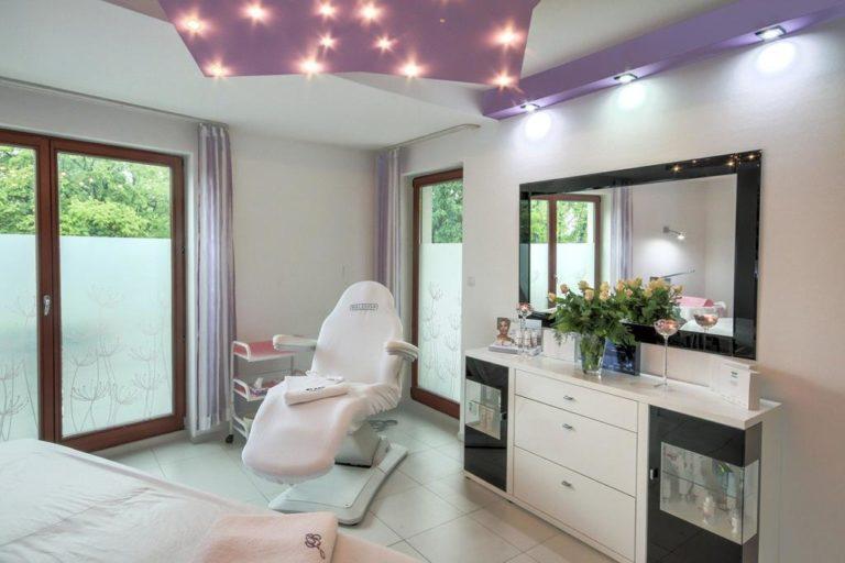 Czy jesteś zadowolona z usług swojego salonu kosmetycznego?