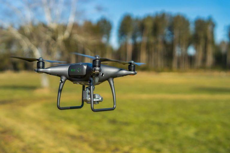Czy łatwo kupimy w Polsce ładowarkę do dronów?